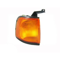 Ford Courier PE 99  00 01 02 Ute RHS Corner Indicator Light Quality ADR Right