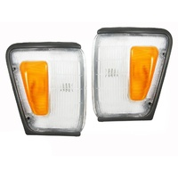 Toyota Hilux 88 90 91 4WD LH RH Grey Corner Park Light Left Right Pair Indicator