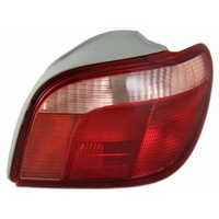 Toyota Echo Hatch Back 99 - 02 Right Side Tail Light RH