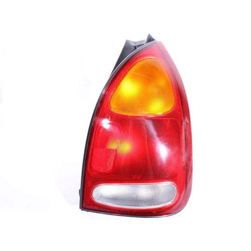 Hyundai Lantra Genuine RHS 95-98 Tail Light Lamp / Lens
